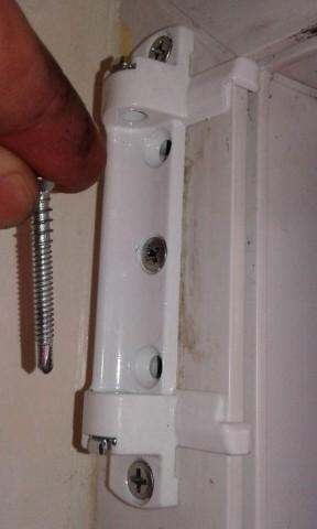 Scherenlager mit Anschlagwinkel - Montageanleitung Pilzkopfverriegelung