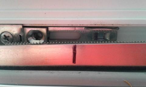 Verlängerungsschiene anpassen - Montageanleitung Pilzkopfverriegelung
